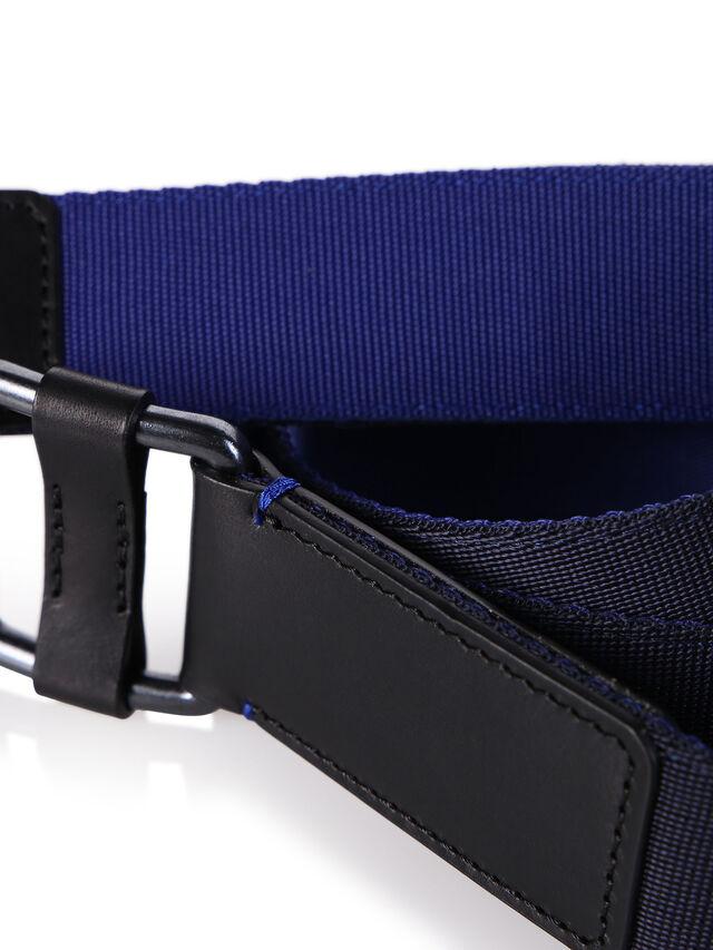 B-S18-1, Black-blue