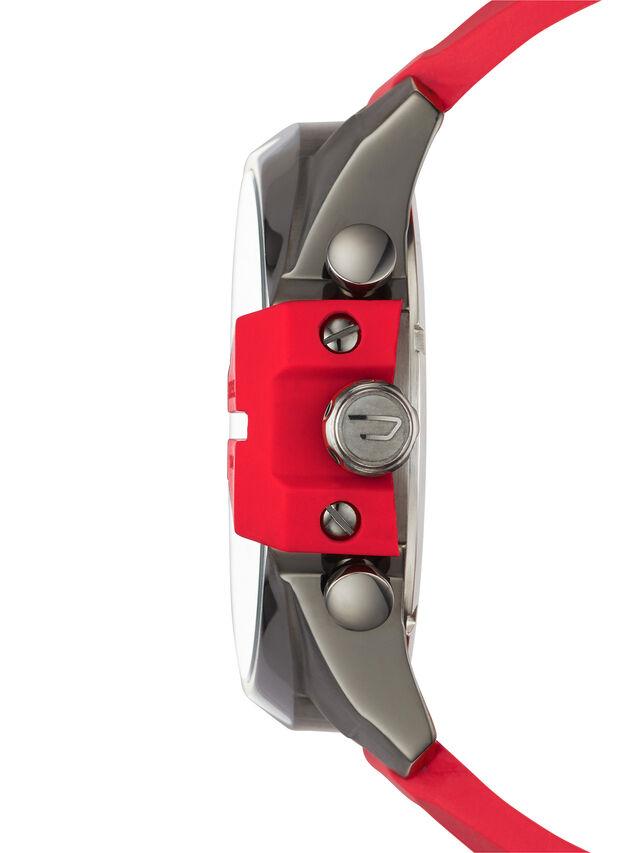 DZ4427, Red