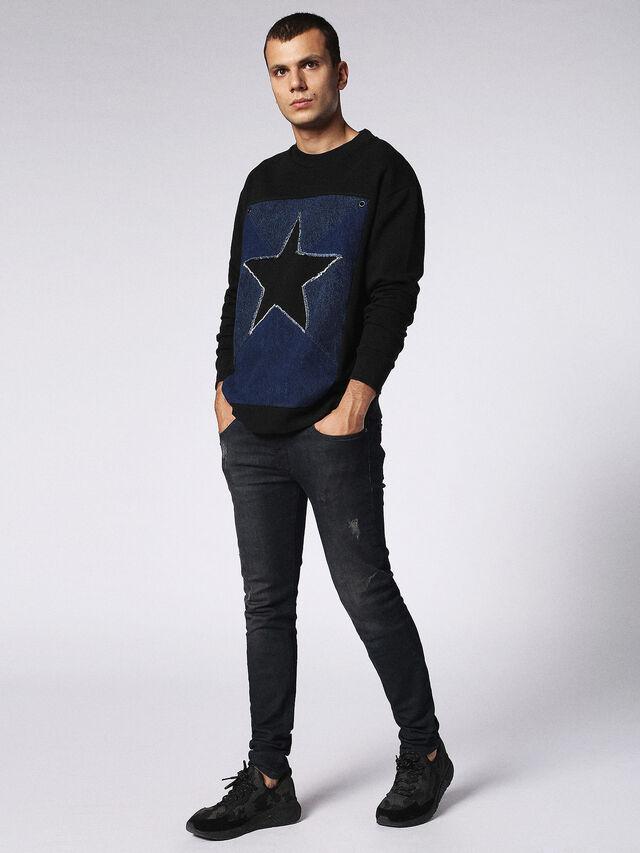 S-DEN-STAR, Black