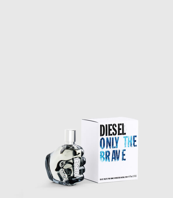 https://ro.diesel.com/dw/image/v2/BBLG_PRD/on/demandware.static/-/Sites-diesel-master-catalog/default/dw0a98a7c3/images/large/PL0124_00PRO_01_O.jpg?sw=594&sh=678
