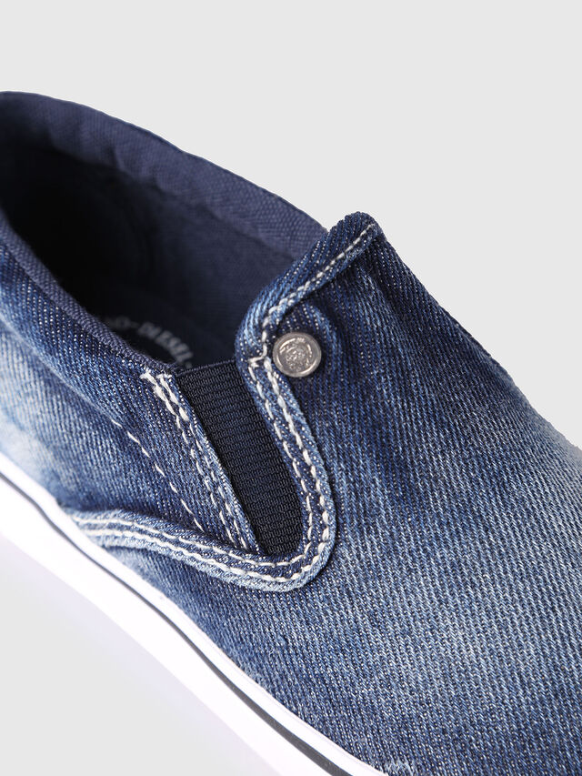 KIDS SLIP ON 21 DENIM CH, Blue Jeans - Footwear - Image 4