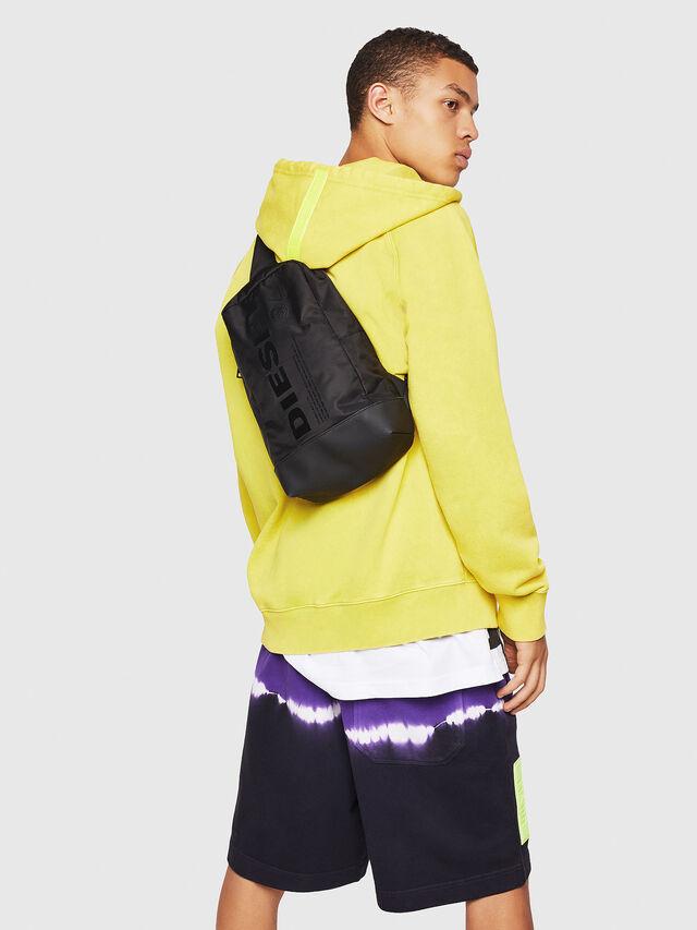 Diesel - F-SUSE MONO, Black - Travel Bags - Image 6