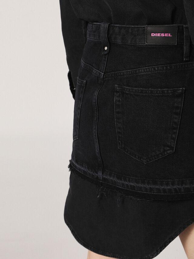 DE-DESY, Black Jeans