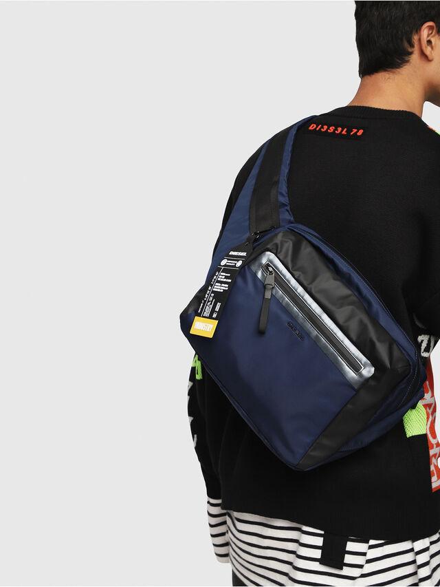 Diesel - VOLPAGO CROSSPLUS, Blue/Black - Crossbody Bags - Image 6