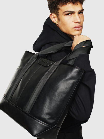 Diesel - LUPARY, Black - Shopping and Shoulder Bags - Image 7