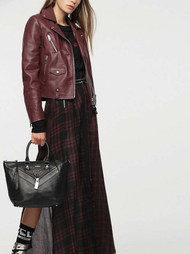 Diesel LE-NINNA, Black - Shopping and Shoulder Bags - Image 7