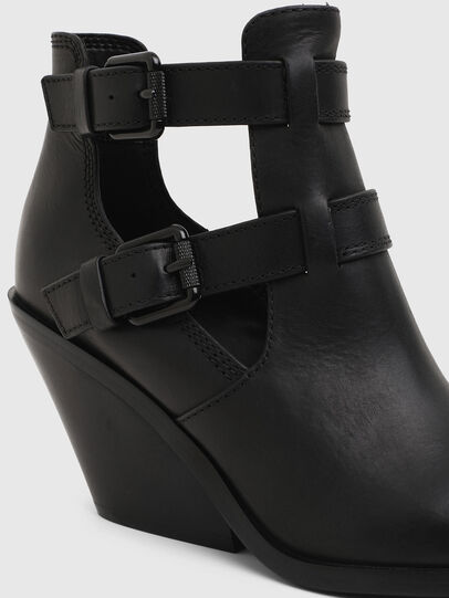 Diesel - D-FLAMINGO OB, Black - Ankle Boots - Image 4