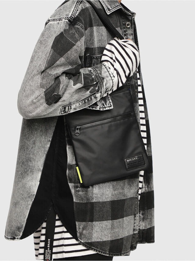 Diesel - F-DISCOVER CROSS, Black - Crossbody Bags - Image 6