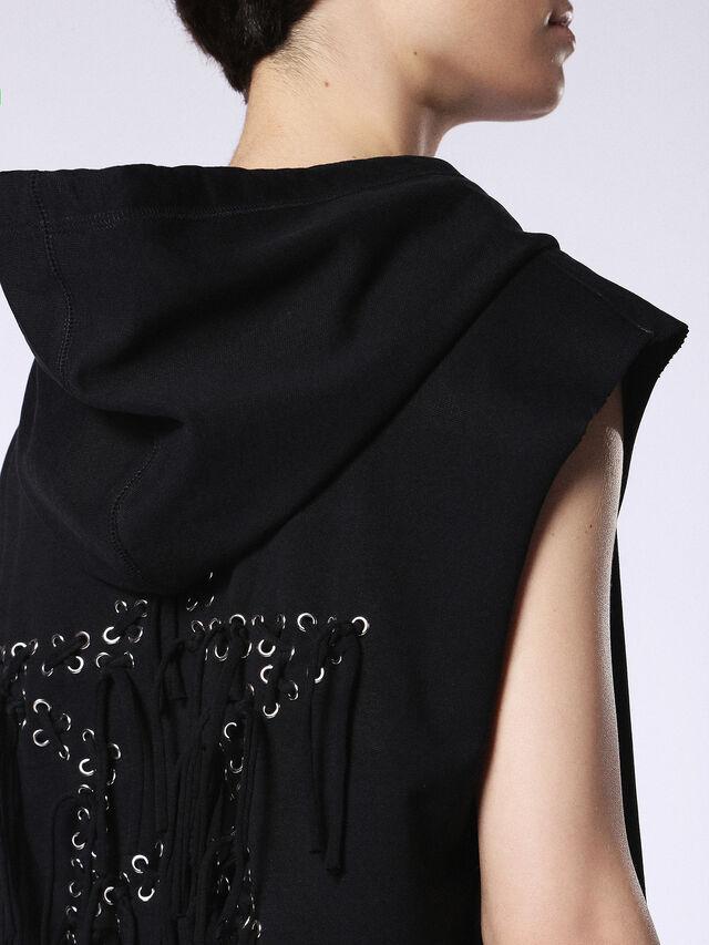 D-AGO, Opaque Black