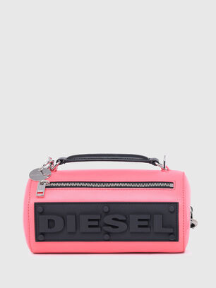 https://ro.diesel.com/dw/image/v2/BBLG_PRD/on/demandware.static/-/Sites-diesel-master-catalog/default/dw9909a43c/images/large/X07577_P2809_T4210_O.jpg?sw=306&sh=408