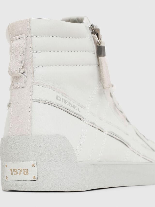 Diesel - D-STRING PLUS, White - Sneakers - Image 4