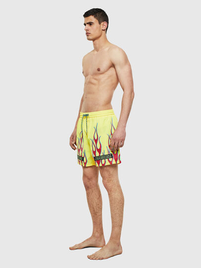 Diesel - BMBX-WAVE 2.017, Green Fluo - Swim shorts - Image 3