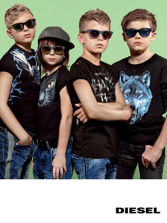 DM0200, Black Jeans