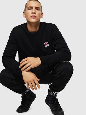 S-GIR-DIV-P, Black - Sweaters