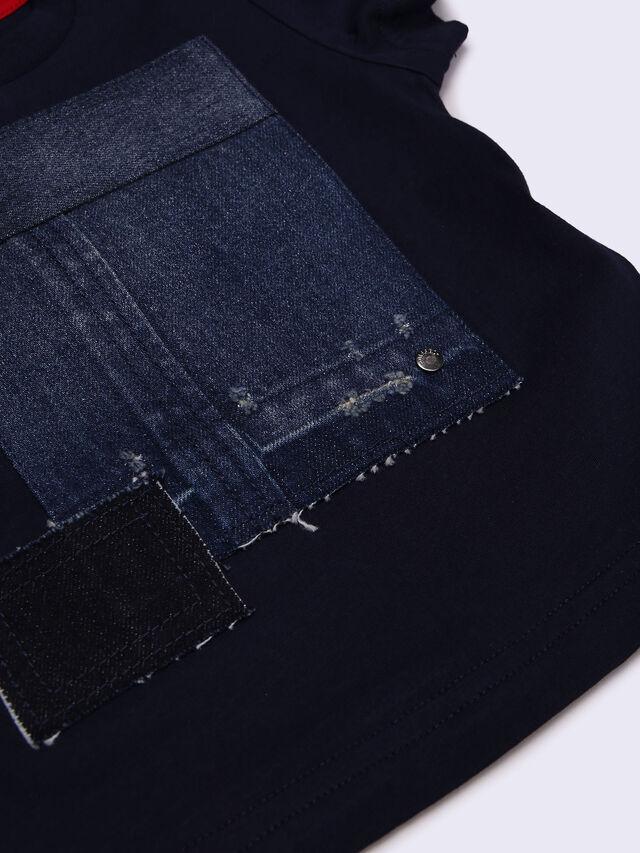 TREVEB-R, Blue jeans