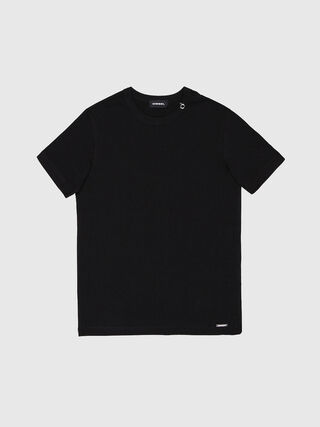 TOCLE, Black