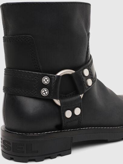 Diesel - D-THROUPER AB W, Black - Ankle Boots - Image 5